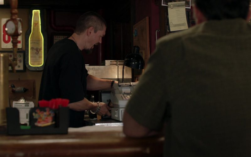 Sol Beer Sign in Shameless Season 10 Episode 5 Sparky