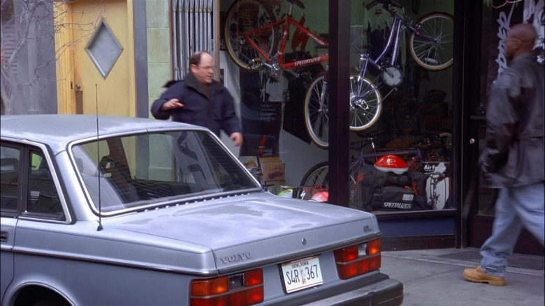 Specialized Bicycles in Seinfeld Season 8 Episode 16 The Pothole (1)