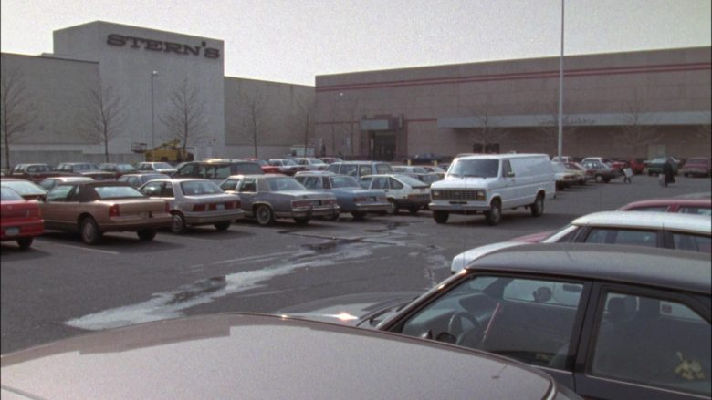 Stern's Store in Seinfeld Season 4 Episode 22 The Handicap Spot