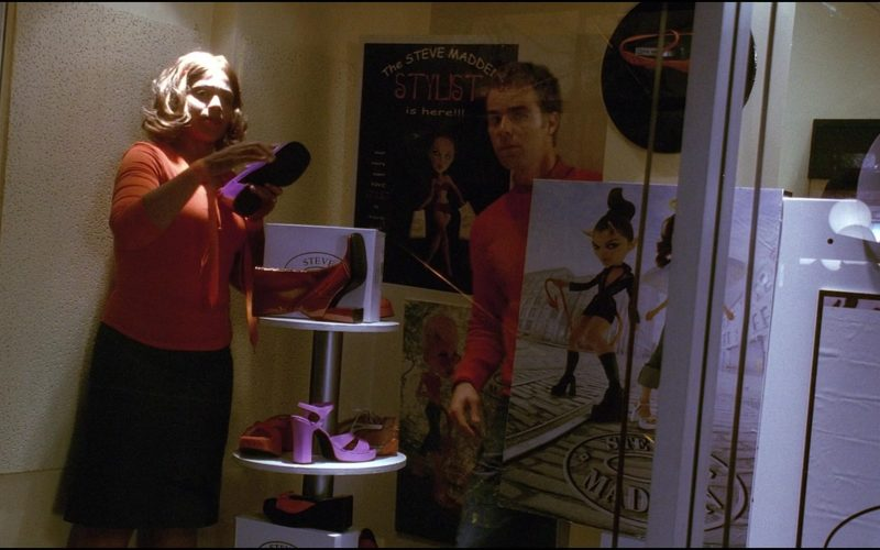 Steve Madden Store and Shoes in Josie and the Pussycats