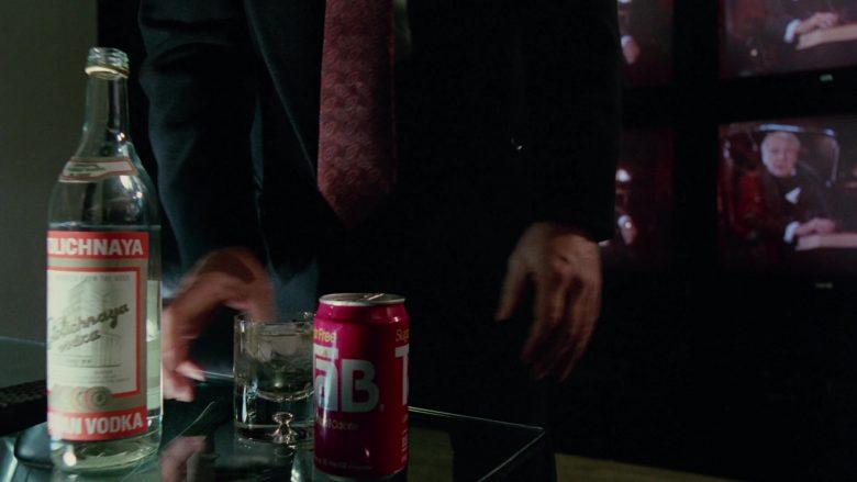Stolichnaya Vodka and Tab Soda Enjoyed by Bill Murray in Scrooged Movie (3)
