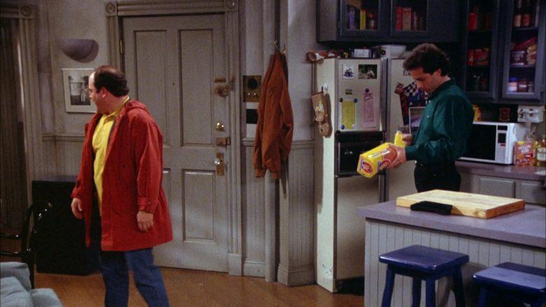 Sunbeam Bread Held by Jerry Seinfeld in Seinfeld Season 5 Episode 18-19 (1)