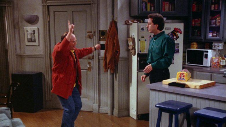 Sunbeam Bread Held by Jerry Seinfeld in Seinfeld Season 5 Episode 18-19 (3)