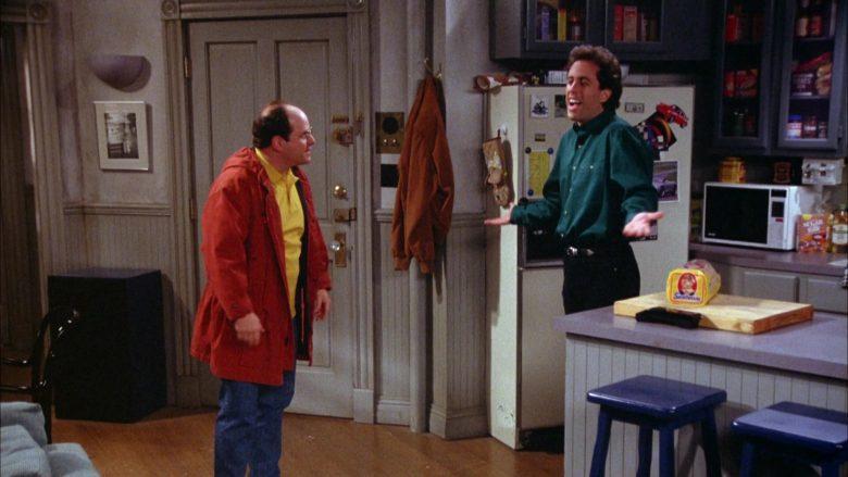Sunbeam Bread Held by Jerry Seinfeld in Seinfeld Season 5 Episode 18-19 (4)