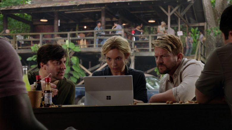 Surface Tablet by Microsoft Used by Perdita Weeks as Juliet Higgins, a former MI6 agent in Magnum P.I. Season 2 (1