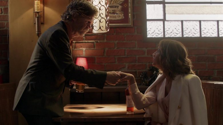 The Macallan 12 Year Old Whisky Enjoyed by Elizabeth Rodriguez and William H. Macy in Shameless Season 10 Episode 7 (1)