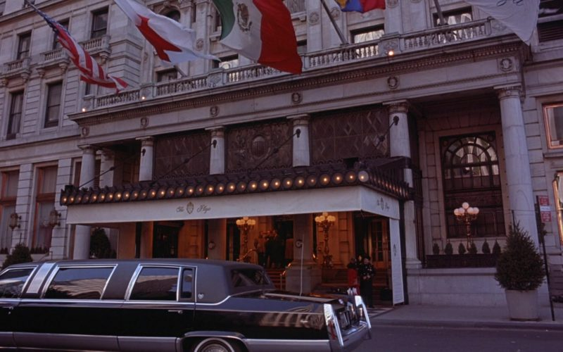 The Plaza Hotel in Seinfeld Season 6 Episode 20 The Doodle (1)