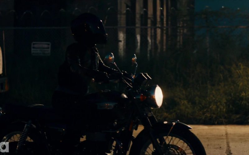 Triumph Motorcycle in The Purge Season 2 Episode 8 Before the Sirens (1)