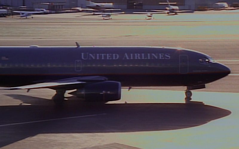 United Airlines Aircraft in Seinfeld Season 6 Episode 22 The Diplomat's Club