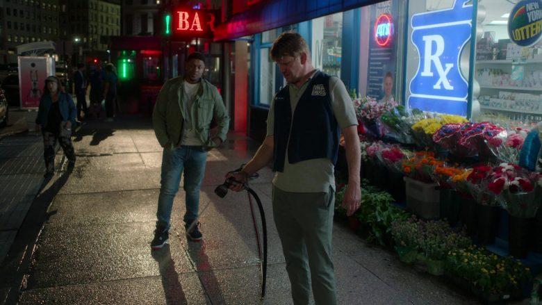 Value Drugs Drugstore in Ray Donovan Season 7 Episode 4 Hispes (5)