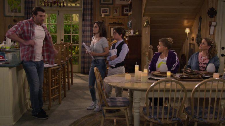 Vans High Top Blue Shoes Worn by Soni Nicole Bringas as Ramona Gibbler in Fuller House Season 5 Episode 5 (1)
