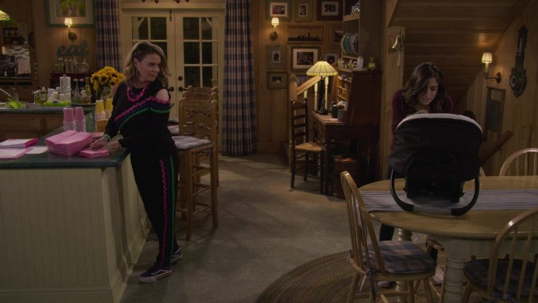 Vans Purple Shoes Worn by Candace Cameron-Bure as D.J. Tanner-Fuller in Fuller House Season 5 Episode 6 (1)