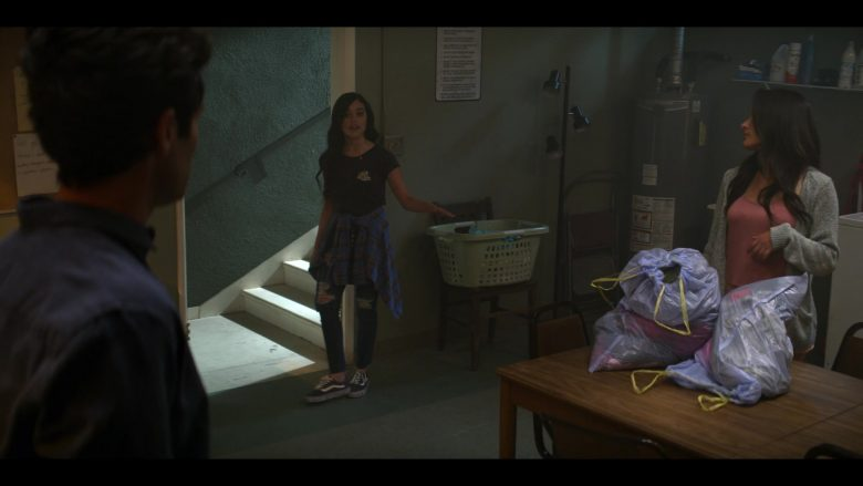 Vans Shoes Worn by Jenna Ortega as Ellie Alves in YOU Season 2 Episode 7 Ex-istential Crisis (2)