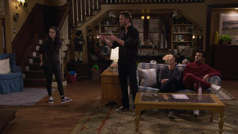 Vans Shoes in Fuller House Season 5 Episode 4 Moms' Night Out