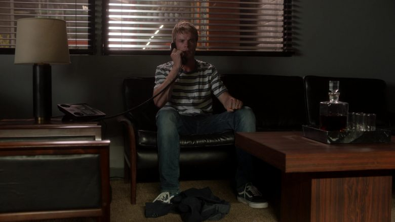 Vans Shoes in Ray Donovan Season 7 Episode 5 An Irish Lullaby