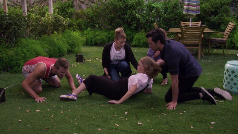 Vans Sneakers Worn by Candace Cameron Bure as D.J. Tanner-Fuller in Fuller House Season 5 Episode 9 (1)