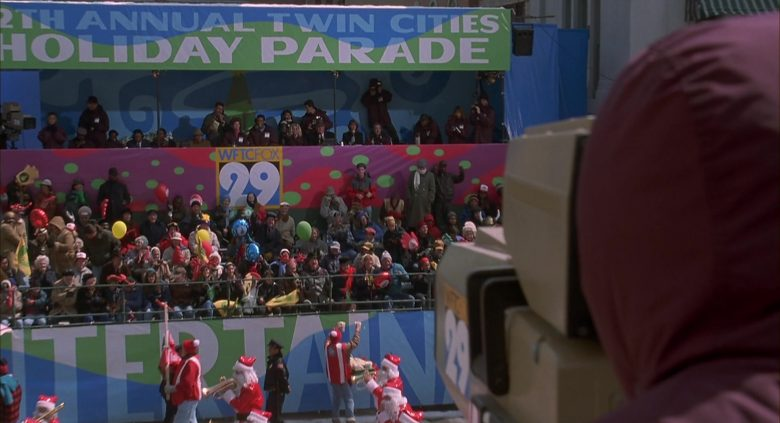 WFTC Fox 29 TV Channel in Jingle All the Way (1)