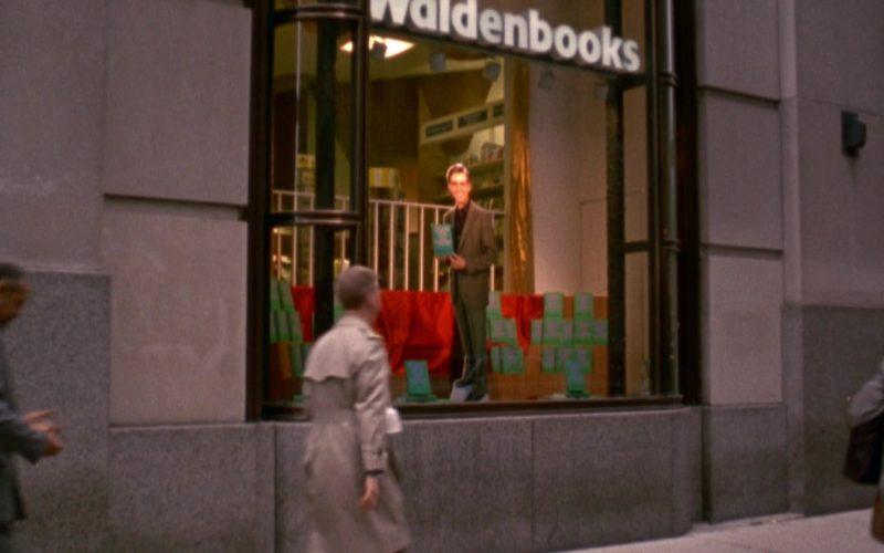 Waldenbooks Store in Seinfeld Season 6 Episode 13 The Scofflaw (1)