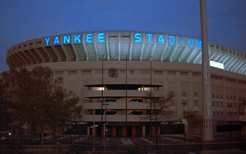 Yankee Stadium in Seinfeld Season 8 Episode 5 The Package (1)