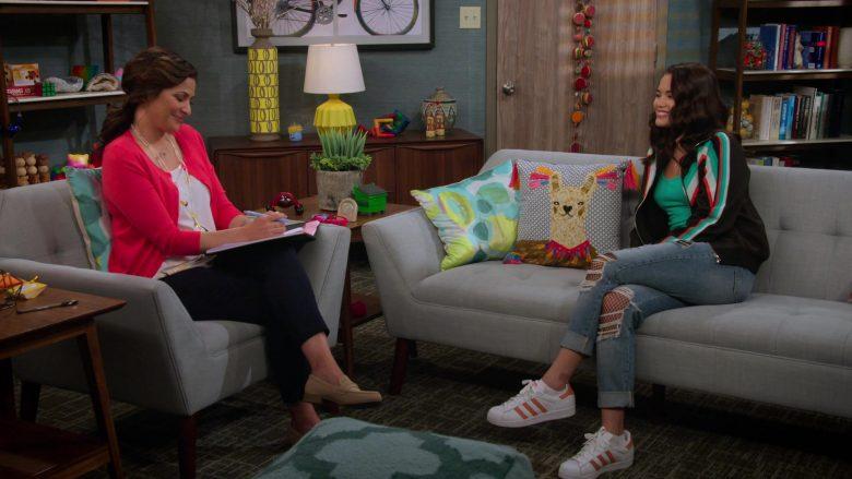 Adidas Shoes Worn by Paris Berelc in Alexa & Katie Season 3 Episode 7 It's Just… Weird (4)