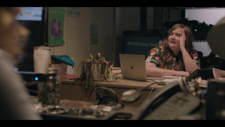 Apple MacBook Laptop Computer Used by Aidy Bryant as Annie Easton in Shrill Season 2 Episode 4 (4)