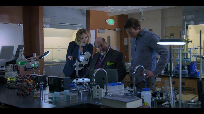 Apple MacBook Laptop Used by Erinn Hayes, Fred Melamed & Rob Huebel in Medical Police Season 1 Episode 3 Dumb Doggy (3)