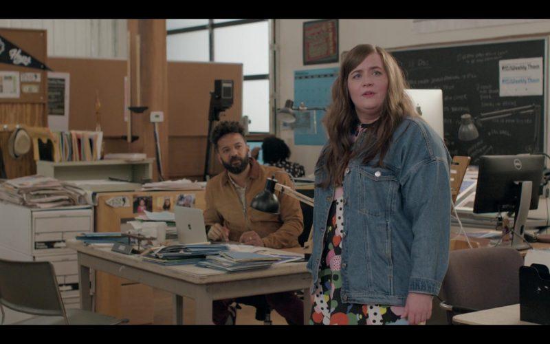 Apple MacBook Laptop Used by Ian Owens as Amadi in Shrill Season 2 Episode 4 (2020)