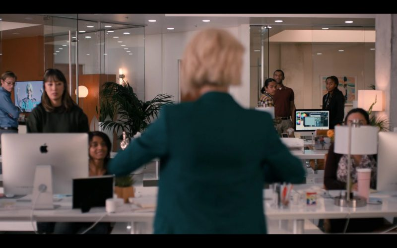 Apple iMac Computers in The L Word Generation Q Season 1 Episode 8 (1)
