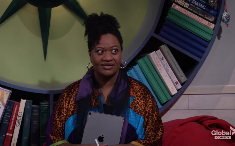 Apple iPad Tablet in Will & Grace Season 8 Episode 11 Bathroom Humor (2020)