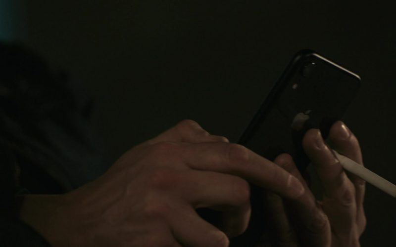 Apple iPhone Smartphone Used by Abby McEnany in Work in Progress Season 1 Episode 7 14 (pt. 2), 12, 11, 10 (2020)