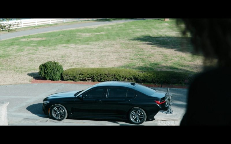 BMW 7 Series Black Car in Tell Me a Story Season 2 Episode 8 (2020)