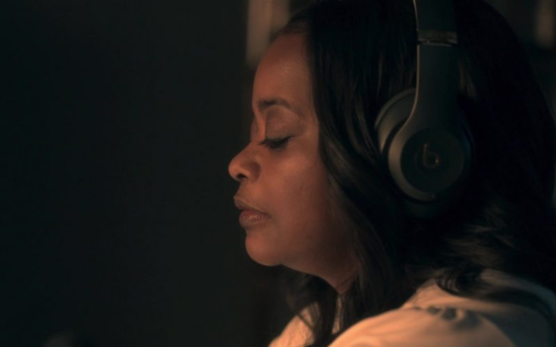 Beats Headphones Worn by Octavia Spencer in Truth Be Told Season 1 Episode 8 (1)