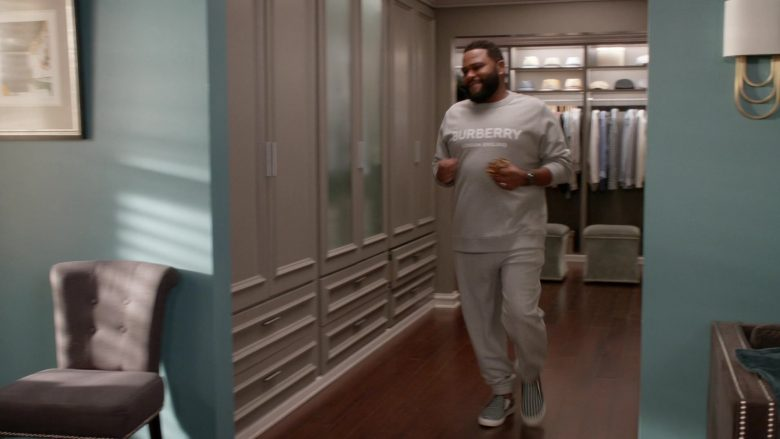 Burberry Sweatshirt and Pants Tracksuit Worn by Anthony Anderson as Dre in Black-ish Season 6 Episode 13 Kid Life Crisis (1)