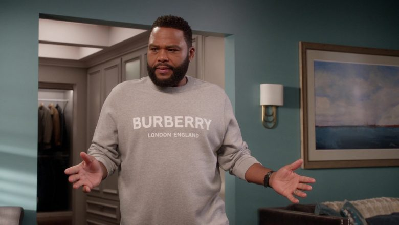 Burberry Sweatshirt and Pants Tracksuit Worn by Anthony Anderson as Dre in Black-ish Season 6 Episode 13 Kid Life Crisis (4)
