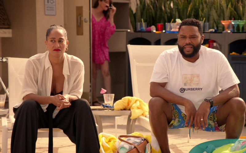 Burberry T-Shirt in White Worn by Anthony Anderson as Dre in Black-ish Season 6 Episode 13 Kid Life Crisis (4)