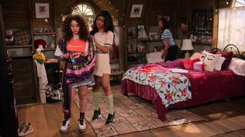 Champion Tee Worn by Talia Jackson as Jade McKellan in Family Reunion Season 1 Episode 20 (4)
