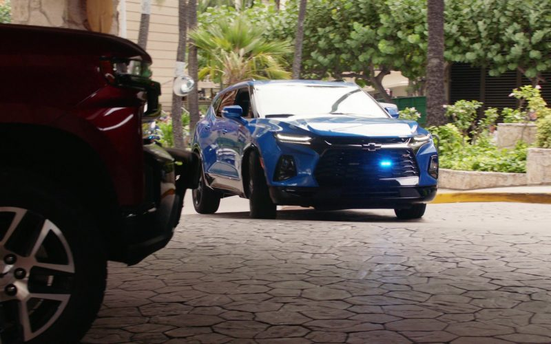 Chevrolet Blazer RS Blue Mid-Size SUV in Hawaii Five-0 Season 10 Episode 12