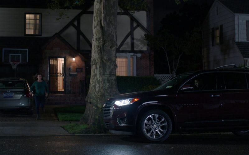 Chevrolet Traverse Car in Manifest Season 2 Episode 4 (1)