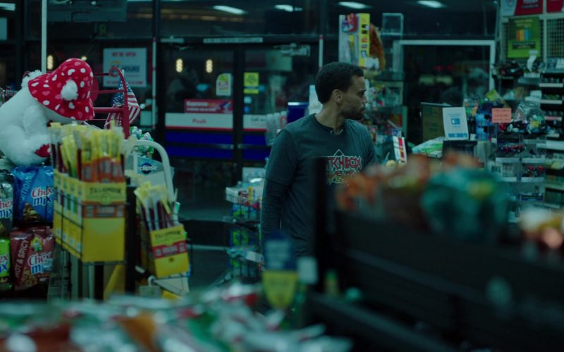 Chex Mix Snacks in in Stumptown Season 1 Episode 10 Reality Checks Don't Bounce (2020)