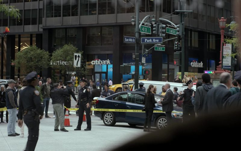 Citibank in Ray Donovan Season 7 Episode 9 Bugs (2020)