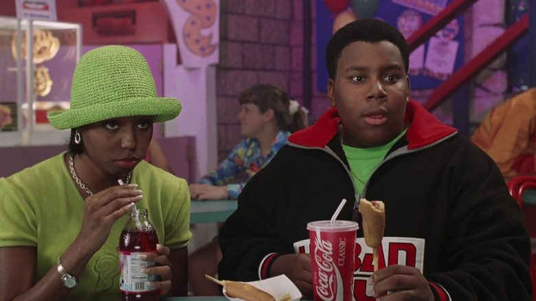 Coca-Cola Soda Enjoyed by Kenan Thompson as Dexter Reed in Good Burger (2)