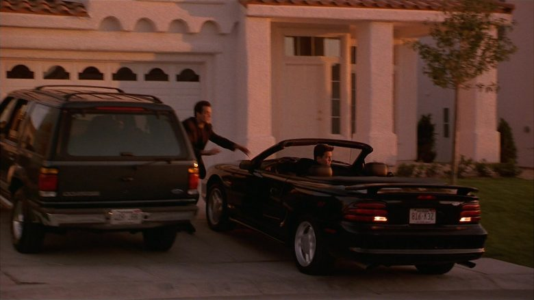 Ford Mustang Convertible Car Used by Matthew Perry as Alex Whitman in Fools Rush In (1)