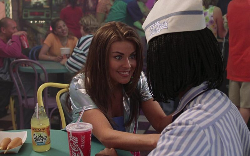 Fruitopia Drink Enjoyed by Carmen Electra as Roxanne and Coca-Cola in Good Burger (3)