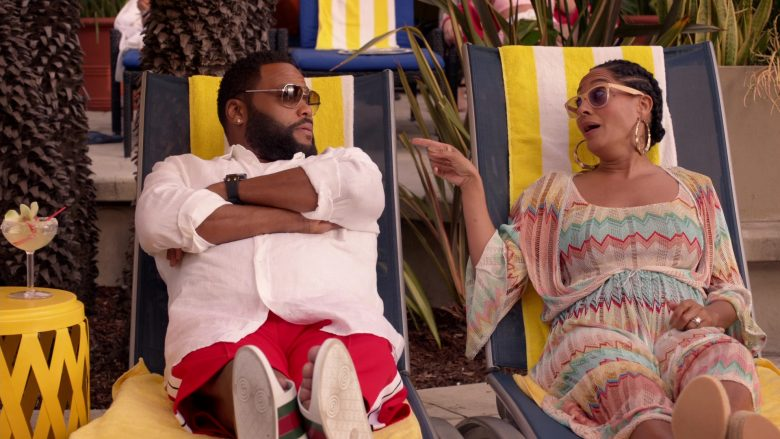 Gucci Flip Flop Sandals Worn by Anthony Anderson as Dre in Black-ish Season 6 Episode 13 Kid Life Crisis (2020)