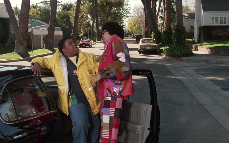 Guess Jeans Yellow Jacket Worn by Kenan Thompson as Dexter Reed in Good Burger (1)