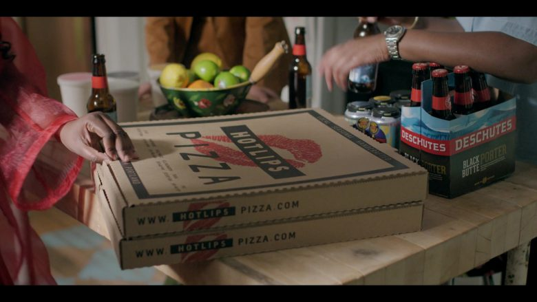 HOTLIPS Pizza and Deschutes Black Butte Porter in Shrill Season 2 Episode 8 (1)
