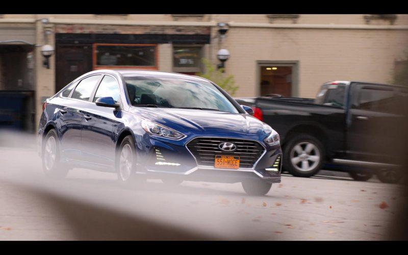Hyundai Sonata Car in October Faction Season 1 Episode 3 The Horror Out of Time (1)