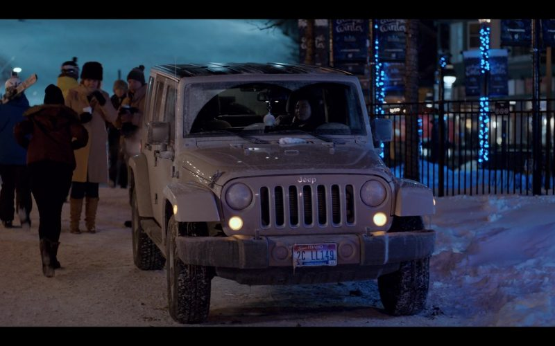Jeep Wrangler Grey SUV Driven by Amanda Zhou as Jenn in Spinning Out Season 1 Episode 3 Proceed with Caution (2)