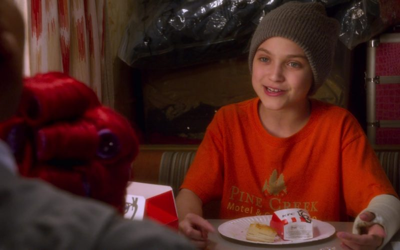 KFC Food Enjoyed by Izzy Gaspersz in AJ and the Queen Season 1 Episode 10 Dallas (1)