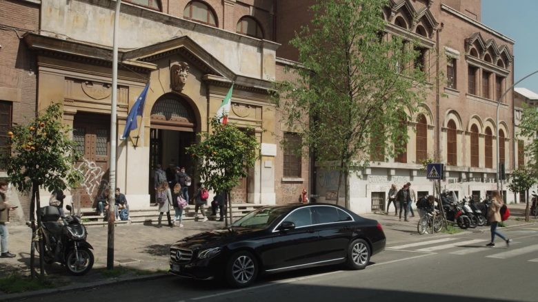 Mercedes-Benz Car in The New Pope Season 1 Episode 6 (2020) TV Show